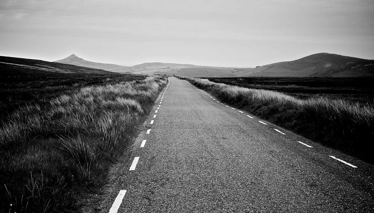 long-road-straight-3131